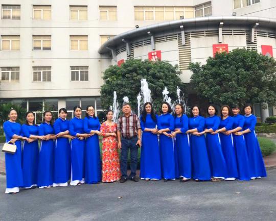 Nữ công phân xưởng VTL2 gặp mặt nhân kỷ niệm ngày thành lập Hội liên hiệp phụ nữ Việt Nam
